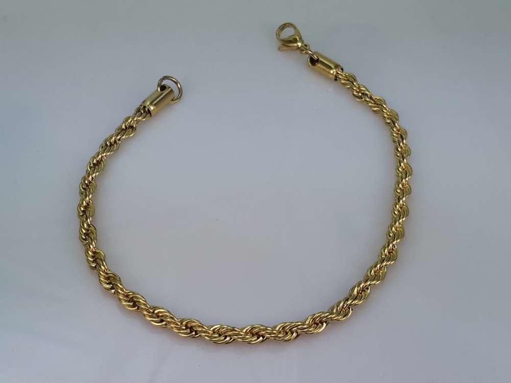 Edelstaal koord heren armband goudkleurig. 22 cm