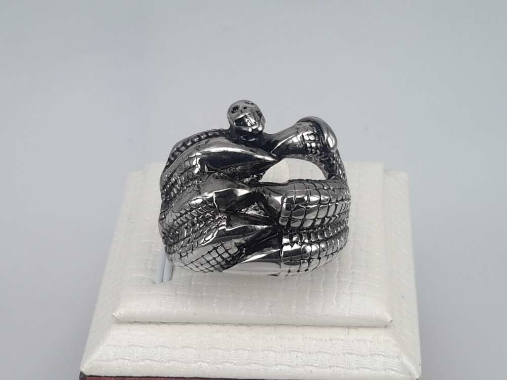 Edelstaal Ringen, Gothic, klauwpoten slangenkop, per 2