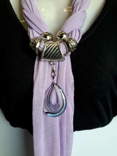 Sjaal met murano glashanger, in pastelpaars