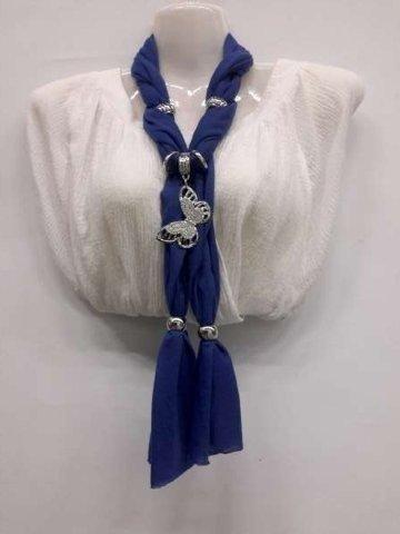 Sjaal met zilverkleurige hanger: vlinder geheel in strass, in 5 kleuren
