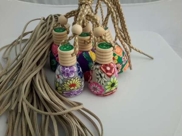 Flesje, glas, Eau de Cologne parfum, polymere klei bloemmotief