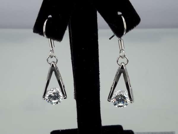 Oorbel, oorhanger, zilverkleur, zilverkleurige hanger met ronde kristalsteen, 3 kleuren