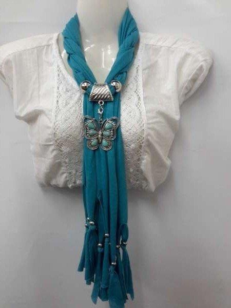 Sjaal compleet met ring, koppelstuk en vlinder hanger.
