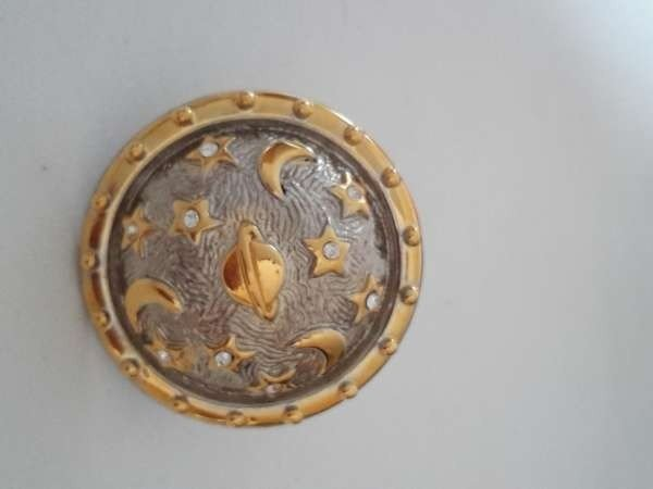 Carnavate Reira, Broche clip voor sjaal, Heelal Globe, strass