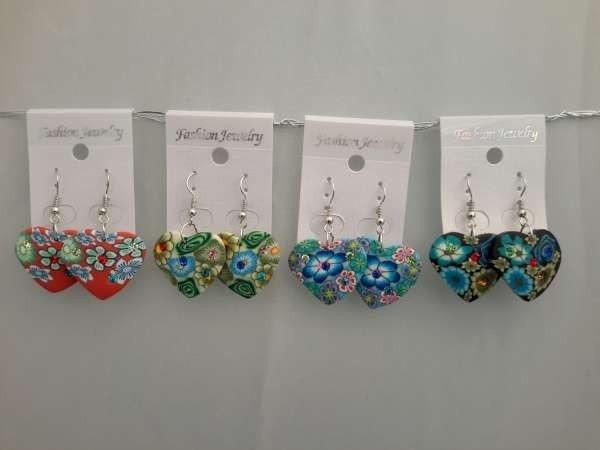 Oorbellen, polymere klei hanger, hartje, bloemenreliëf met strass, 12 stuks