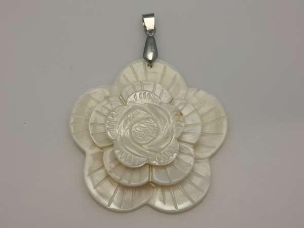 Parel schelp hanger: 3 D bloem