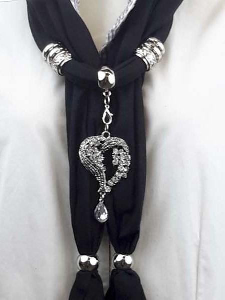 Sjaal + metalen hart, grote strass, strassdruppeltje