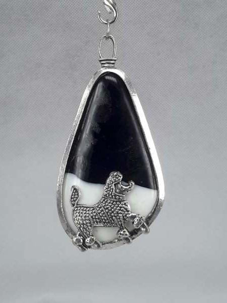 Murano glashanger met een poedel hond