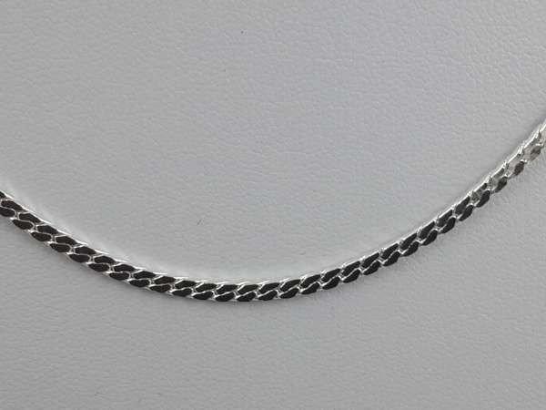 Ketting, 46 cm, zilverkleur brede plat.