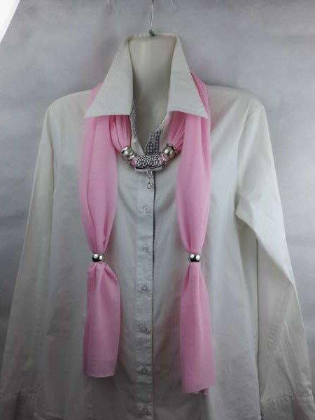 Sjaal met mix koppelstuk en ringen kleur: zacht roze.