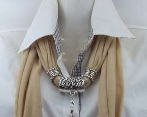 Sjaal met koppelstuk, beige, per 6