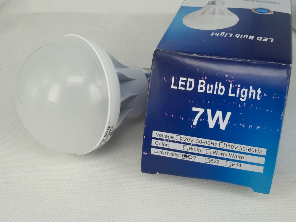 Ledlamp 7W wit, E27