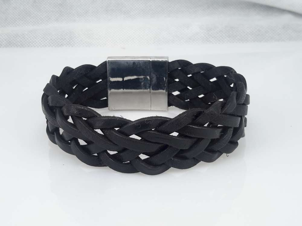 22 cm Leren armband breed, zwart, gevlochten, magneetsluiting