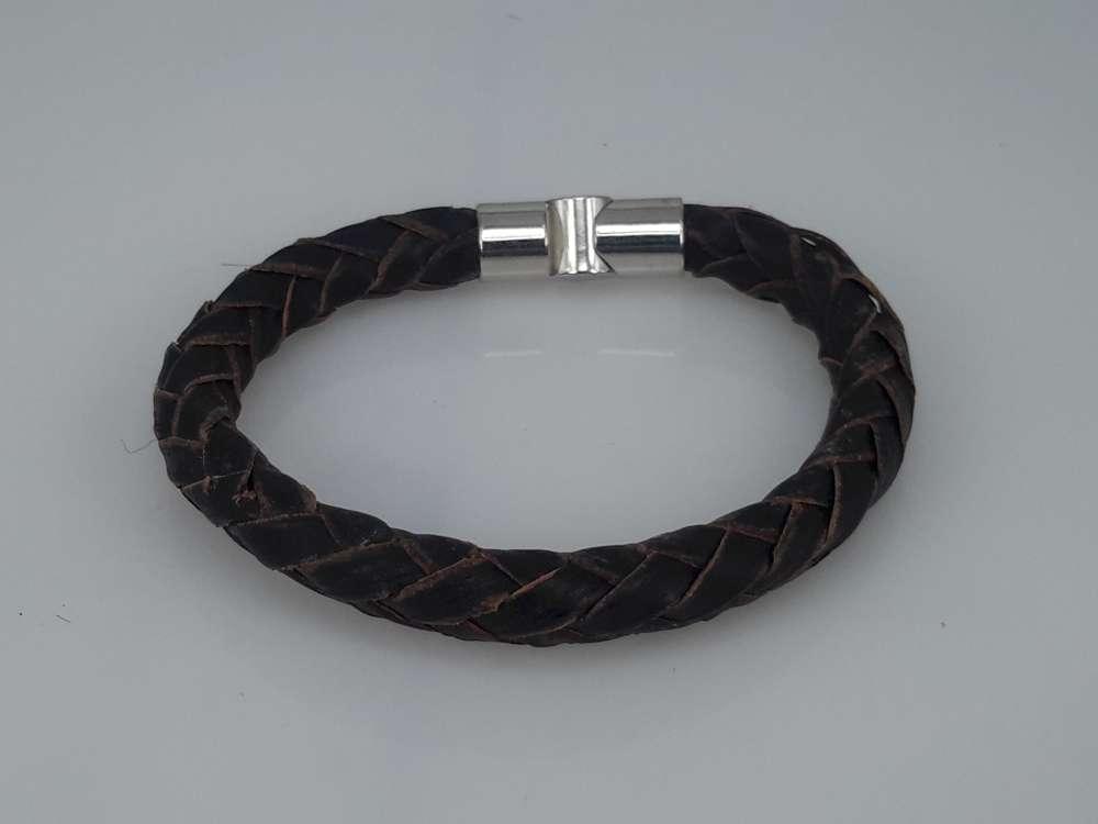 Leren armband bruin, rond gevlochten, magneetsluiting