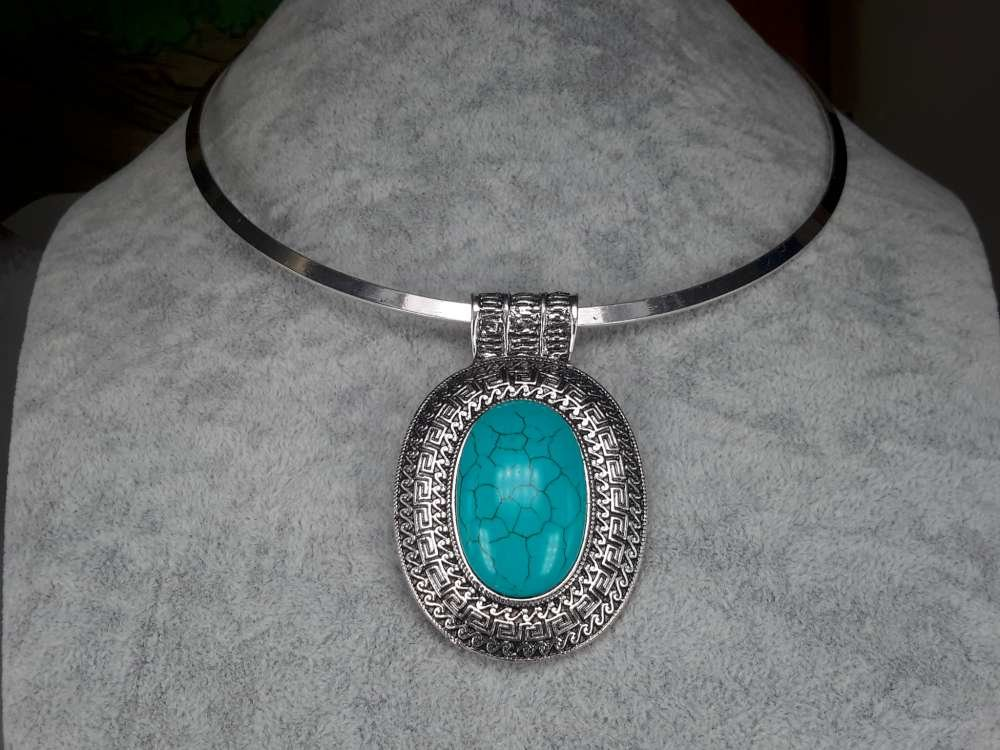 Spanger ketting, Howliet edelsteen, turquoise