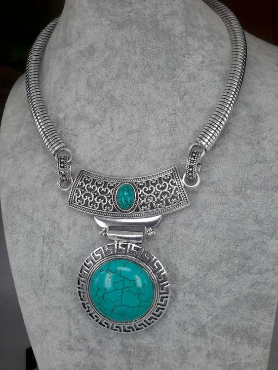 Ketting, Howliet edelsteen rond, labyrinth, turquoise