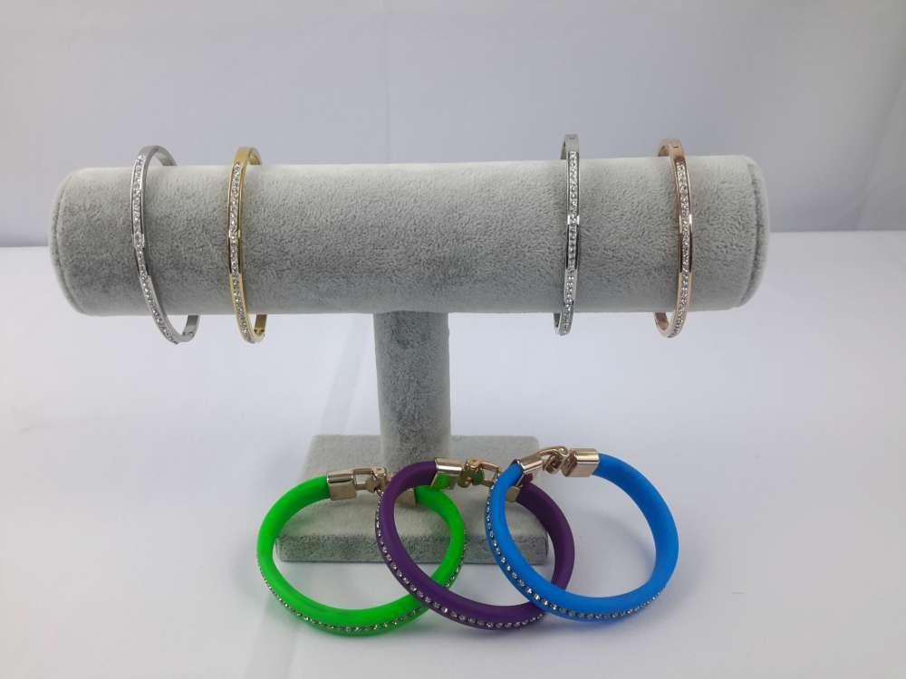 1 rol velours armband & horloge houder, licht grijs