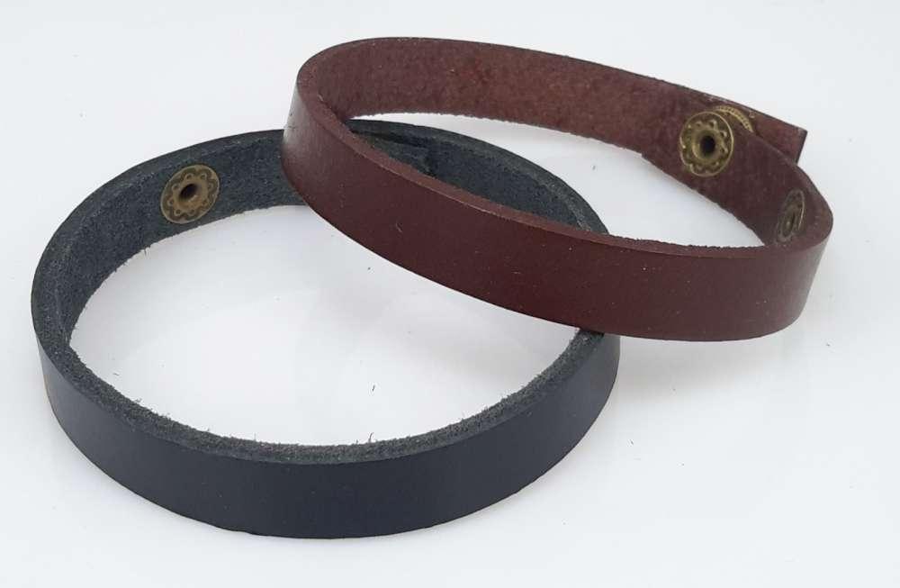 Leren Armband, smal, glad, drukknoop, bruin of zwart