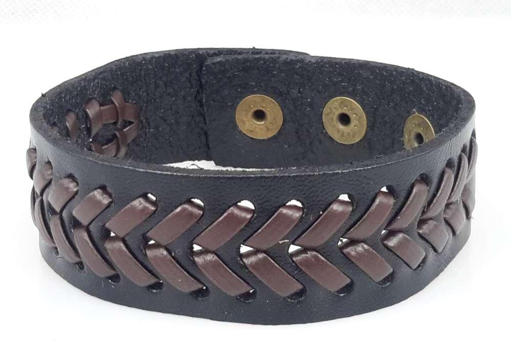 Half brede Leren armband, glad, V-vlecht, zwart