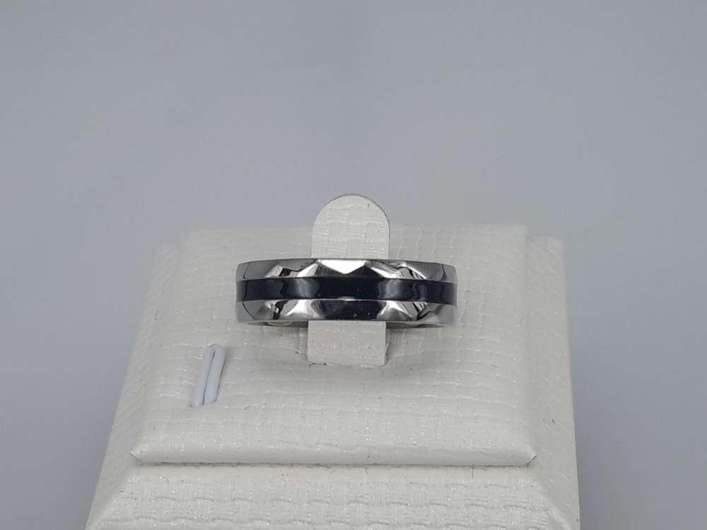 Edelstaal Ringen, hoekig, zwart band, doos 36 St