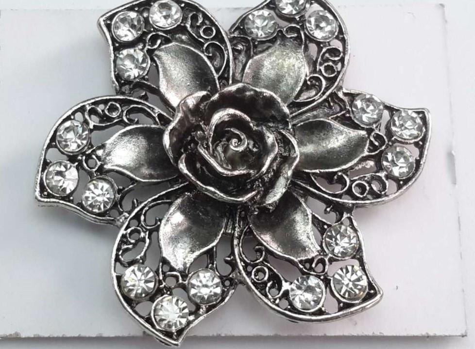 Magneet Broche, roos motief 5, metaal, strass