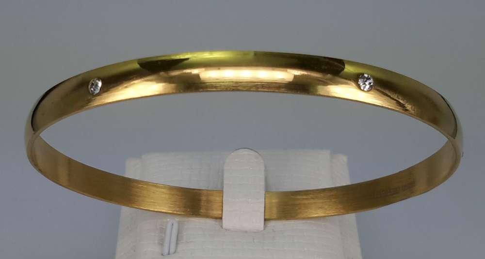 Edelstaal slaaf Armband brede goudkleurig met 6 kristal omheen.