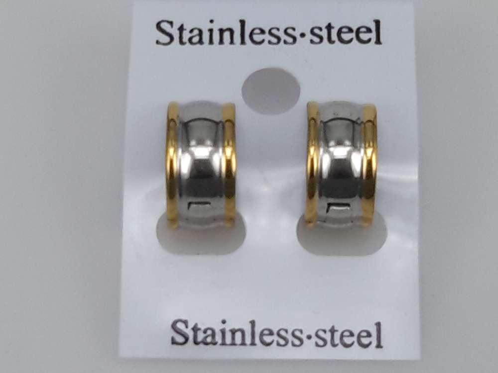 Edelstaal Oorringen breed,Beide zijde dunne gouden rand en midden in zilverkleur.