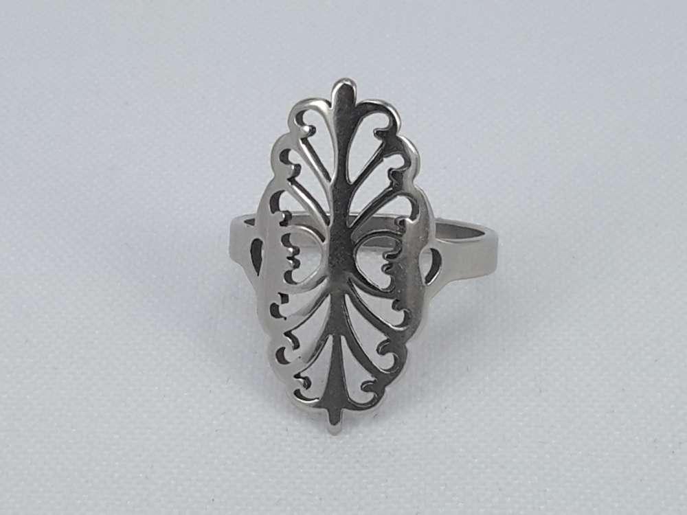 Edelstaal Ringen zilverkleurig ring met uitgesneden figuur, doos 36 st
