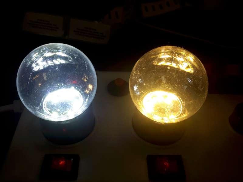 Ledlampen 1,2W, E27 G45, melkglas & transparant