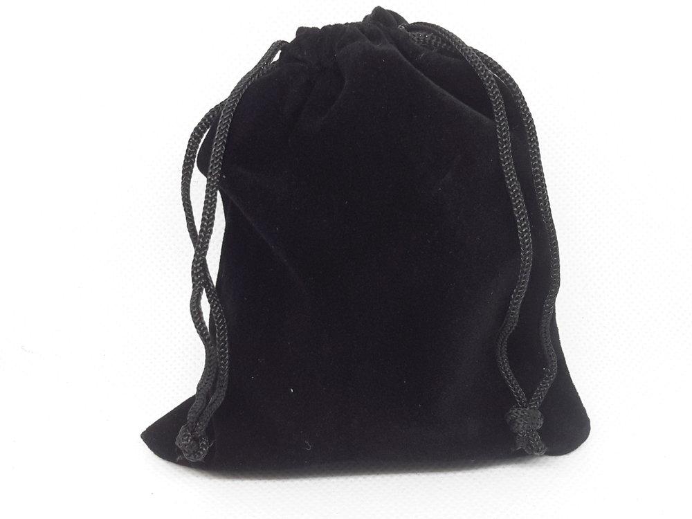 Zwart fluwelen zakjes 10x12cm, per 25 stuks