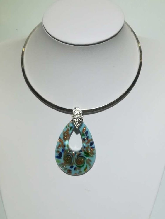 Hanger: murano, lichtblauw, open druppel, groen, blauw en goudkleur