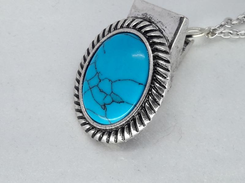 Clips, turkoois blauw half edelsteen, geribbelde medaillon