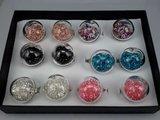 Ring, metaal, bol glas gevuld met strasssteentjes, mixpakket doos 12 stuks_