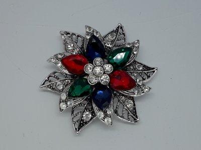 Magneet Broche, rozet met 3 kleur kristal , metaal,