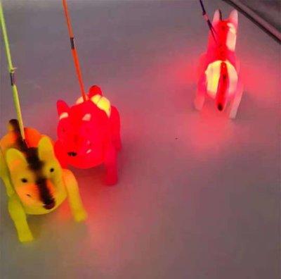 lopende Hond, ledverlichting, muziek, incl 2 aa, doos 108 St