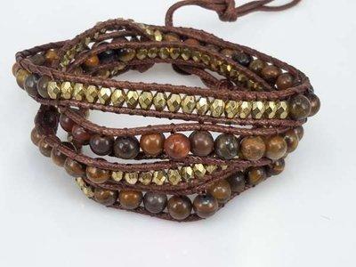 Wrap armband, stoffen band met ronde Tijgeroog edelstenen en bronskleurige kralen