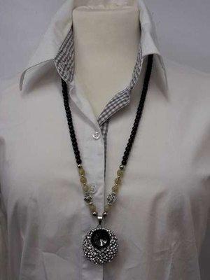 Kralenketting, 75 cm, zwart en zilverkl. kralen en beige edelsteenkralen, 3 kleur verkrijgbaar.