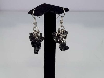 Oorbel, oorhanger met obsidiaan edelsteentjes