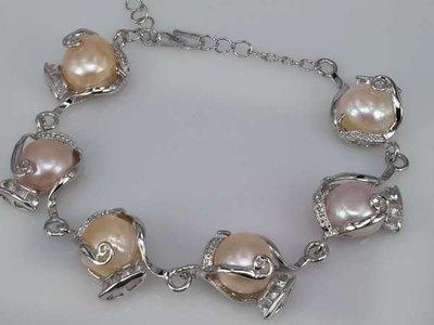 Armband, zilverkleur, met echte 6 zoetwaterparels, rosé, wit en grijs