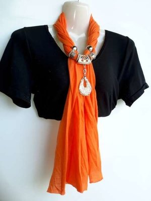 Sjaal met murano glashanger