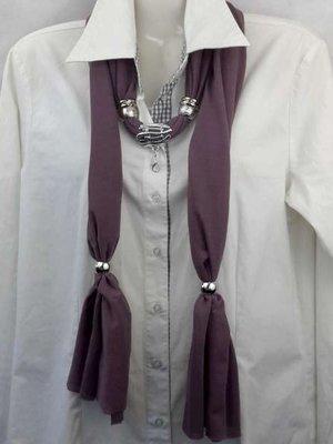 Sjaal met mix koppelstuk en ringen kleur: aubergine paars.