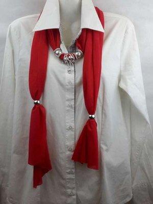 Sjaal met mix koppelstuk en ringen kleur: rood.