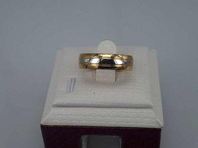 Edelstaal Ringen goudkleur, staalkl motief, doos 36st