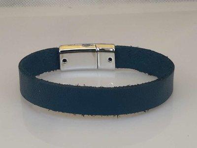 Glad leren Armband, blauw, smal, magneetsluiting