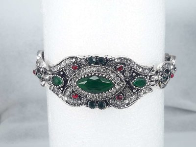 Armband India, groen kristal, strass