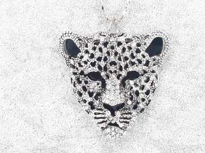 Luipaard kop, fijne strass, zwarte achtergrond
