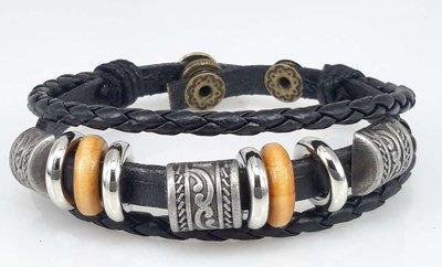 Leren surf Armband, 3 studs half rond, decoringen, zwart