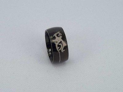 Edelstaal jongens Ringen, Zwart, maat 16