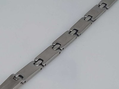 Edelstaal armband; Motief -I-I-I-
