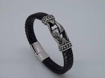 Leren-Armband zwarte vlecht, rvs 2 poot